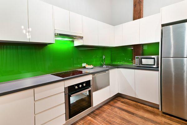Küchenrückwand – Einfärbig